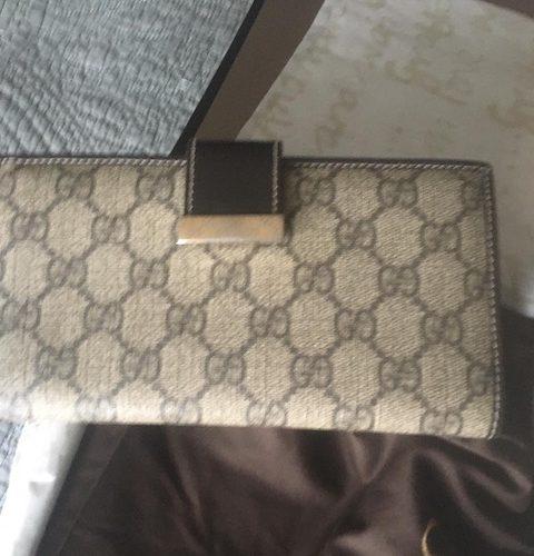 Gucci wallet big